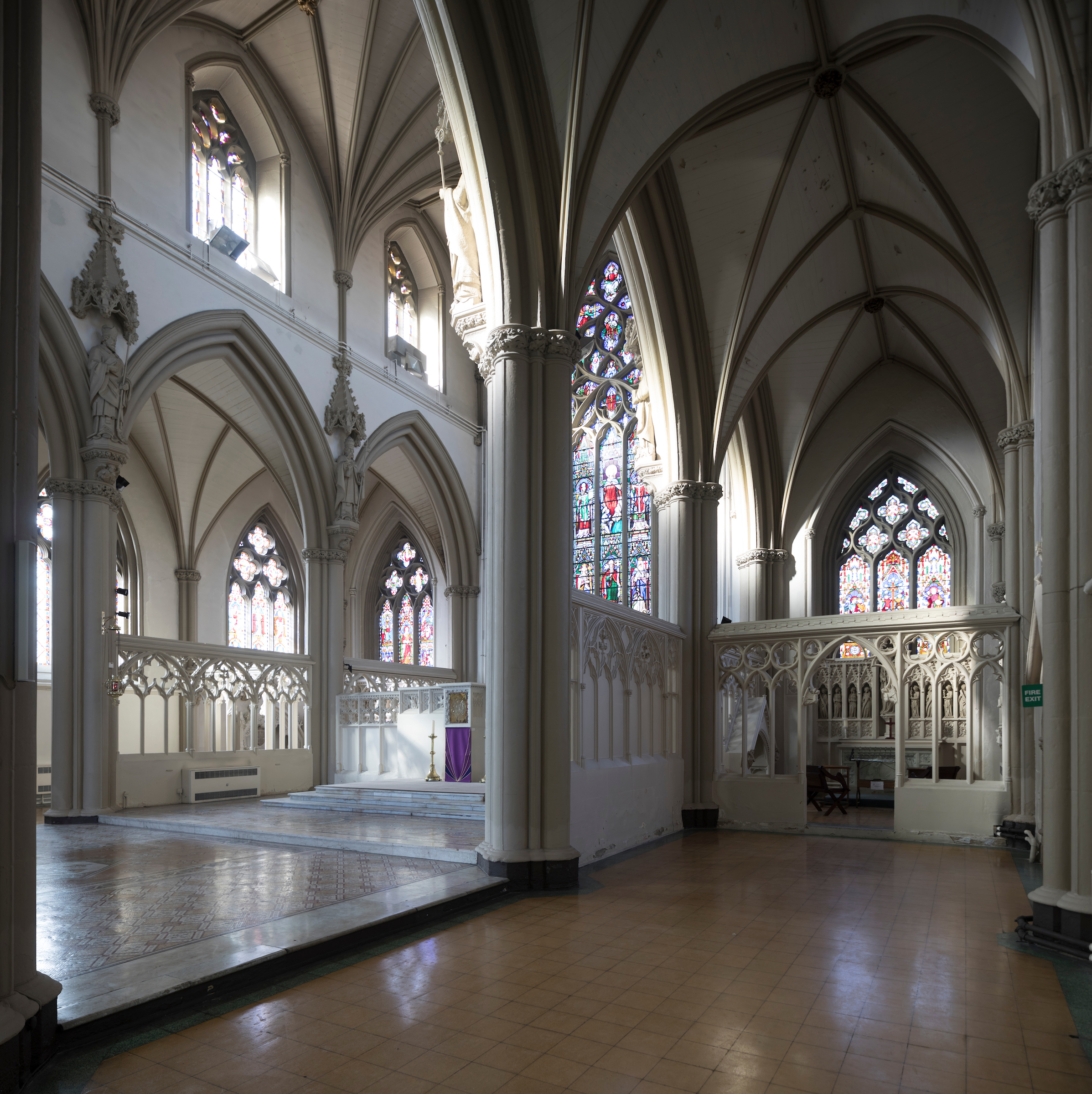 A great image of the Sanctuary and the side chapel with the magnificent ceilings in view